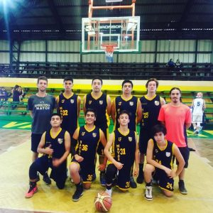 Básquetbol del Estadio Mayor en Campeonato de Vallenar